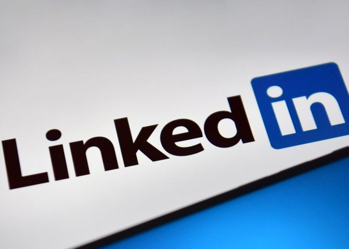 How to get a blue tick on LinkedIn?